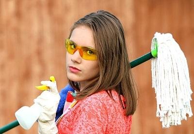 como limpiar un triturador de basura