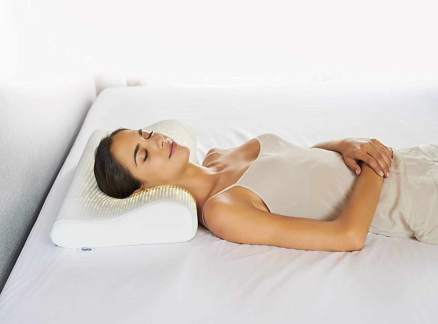 mejor almohada para aliviar el dolor de cuello